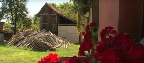 Embedded thumbnail for Prosperitati Alapítvány: Mától lehet jelentkezni a falusi házak vásárlását célzó pályázatra (videó)