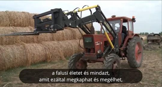 Embedded thumbnail for Miért jó falun élni? – a padéi Égető család története